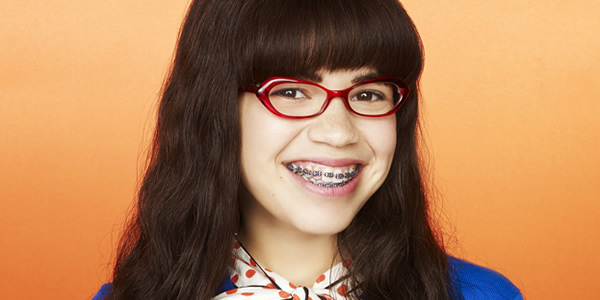 4 Reasons to Re-watch Ugly Betty on STARZPLAY